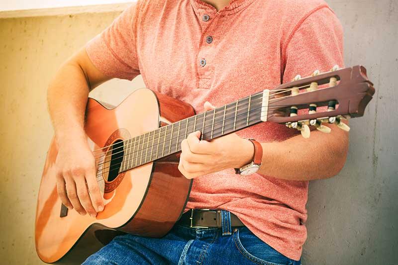 best acoustic guitar under $1000