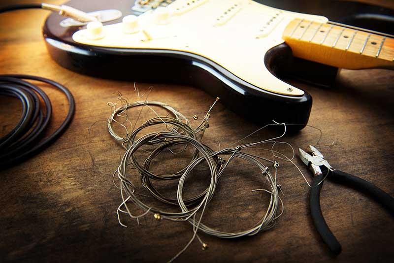 nylon vs steel strings